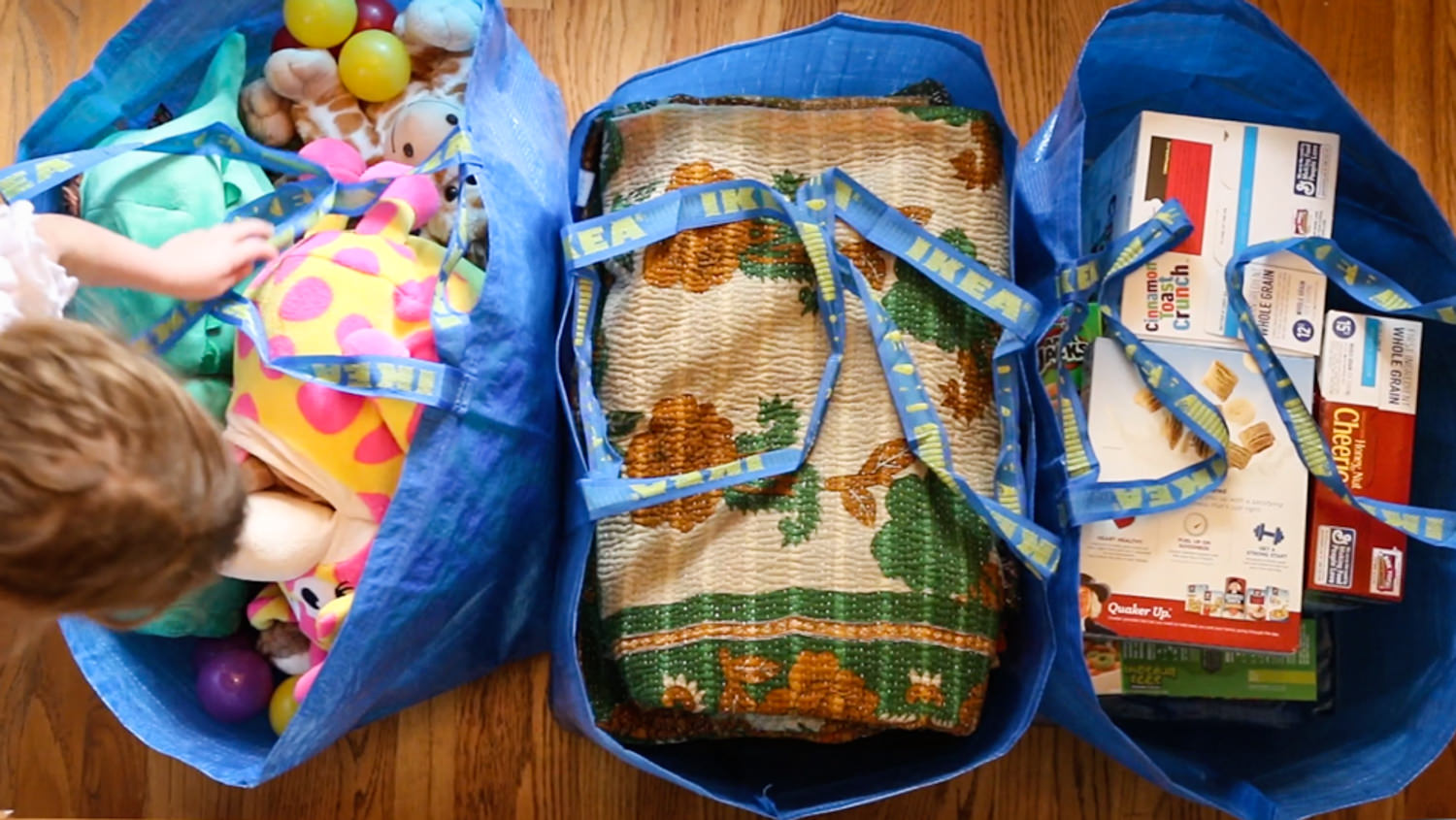 This is how to pack big bags. For more tips, click our packing tips to use for moving!